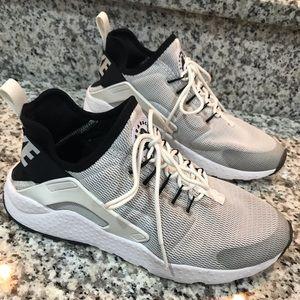Nike Air Huarache Ultra Sneakers